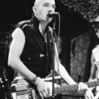 Joe Strummer, cantante de The Clash, tendrá documental